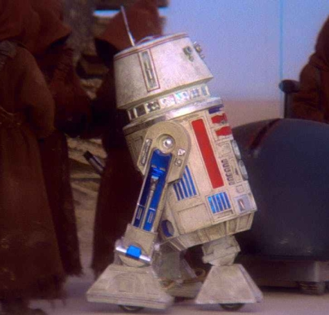 R2-D2-and-R5-D4-in-Star-Wars